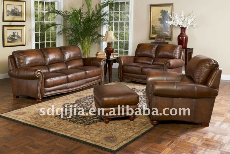 Worn Faded Leather Livingroom Furniture Antique American Style