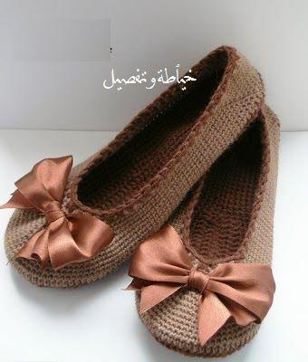 خياطة و تفصيل طريقة كروشيه بلارينا Crochet Shoes Crochet Boots Crochet Slipper Pattern