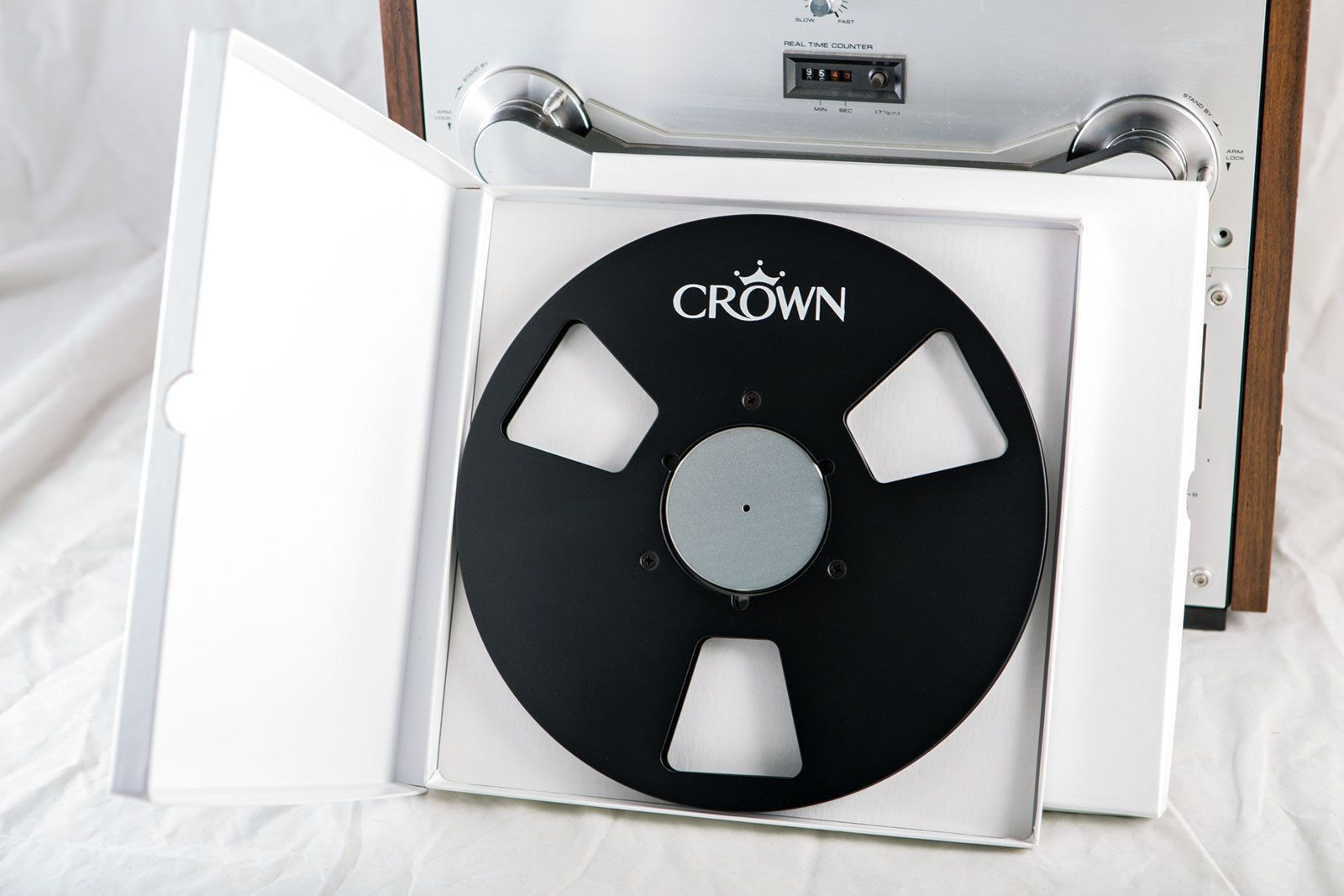 "Mint Condition Crown Silver 10.5/"" inch Metal Reels for 1//4/"" tape New"