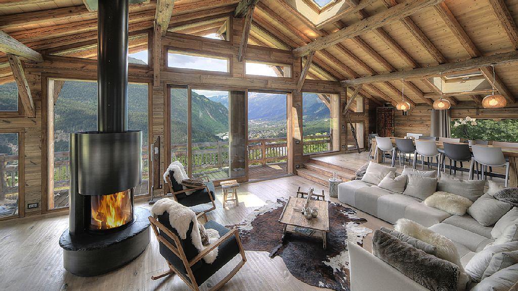Location vacances chalet Les Houches: Salle de séjour avec sa ...