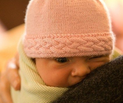 Free Knitting Pattern For Baby Hat With Cable Trim Knitting