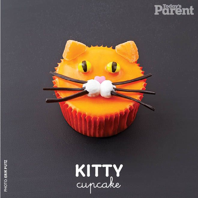 Cupcake decorating ideas Cool cat 30 birthday Kitty cupcakes