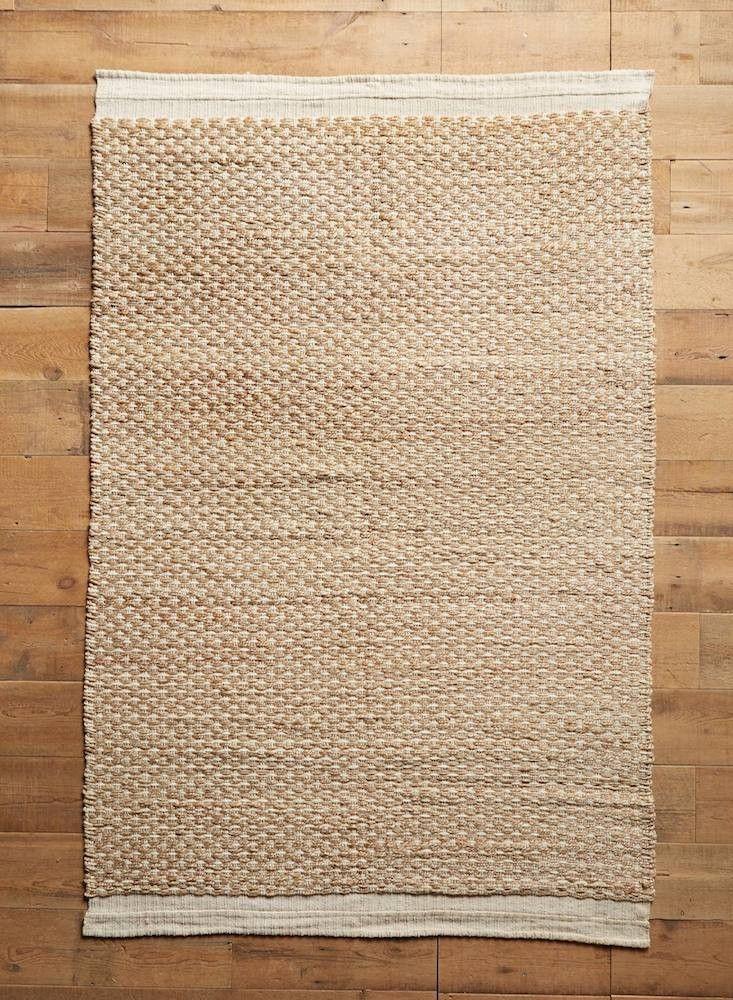 10 Easy Pieces Indoor Outdoor Jute Rugs Gardenista Outdoor Jute Rug Flat Weave Rug Anthropologie Rug
