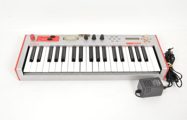 Alesis Micron Analog Modeling Synthesizer | Something that I should