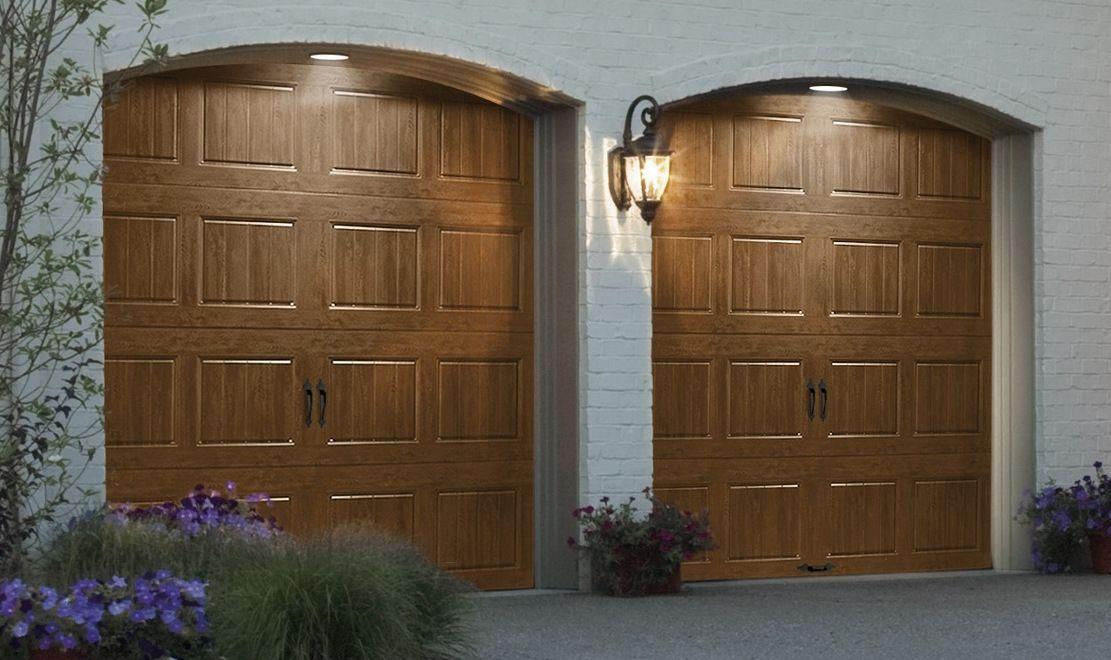 Clopay gallery collection steel overhead door ultra grain for Wood grain garage doors