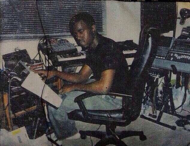 Lock Yourself In A Room Doing 5 Beats A Day For 3 Summers Kanye West Kanye West Kanye Home Recording Studio