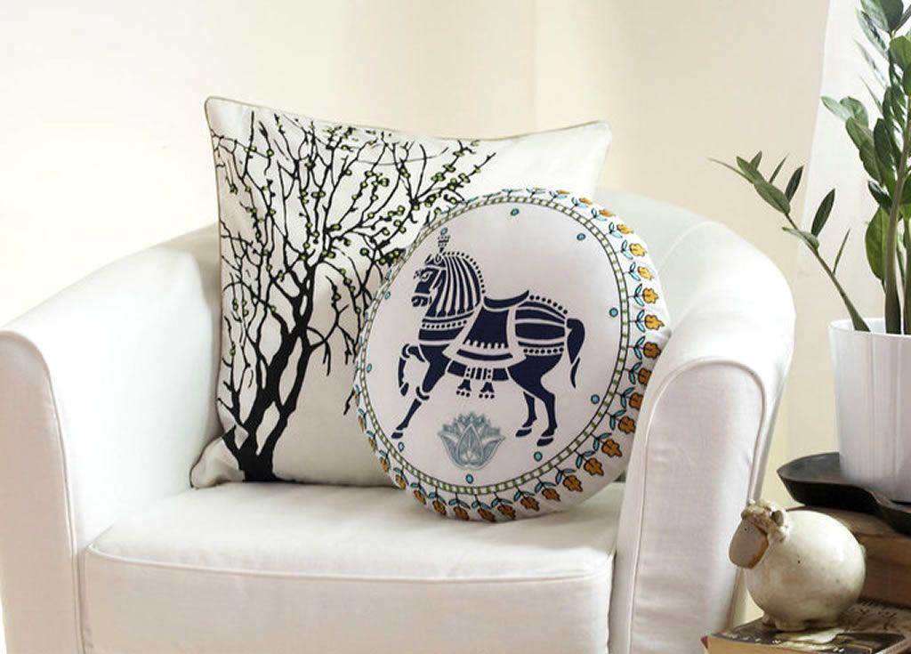 Gevlochten Knotty Poef : Pillowpillow designsstrange pillowsweird pillows f o r t h e