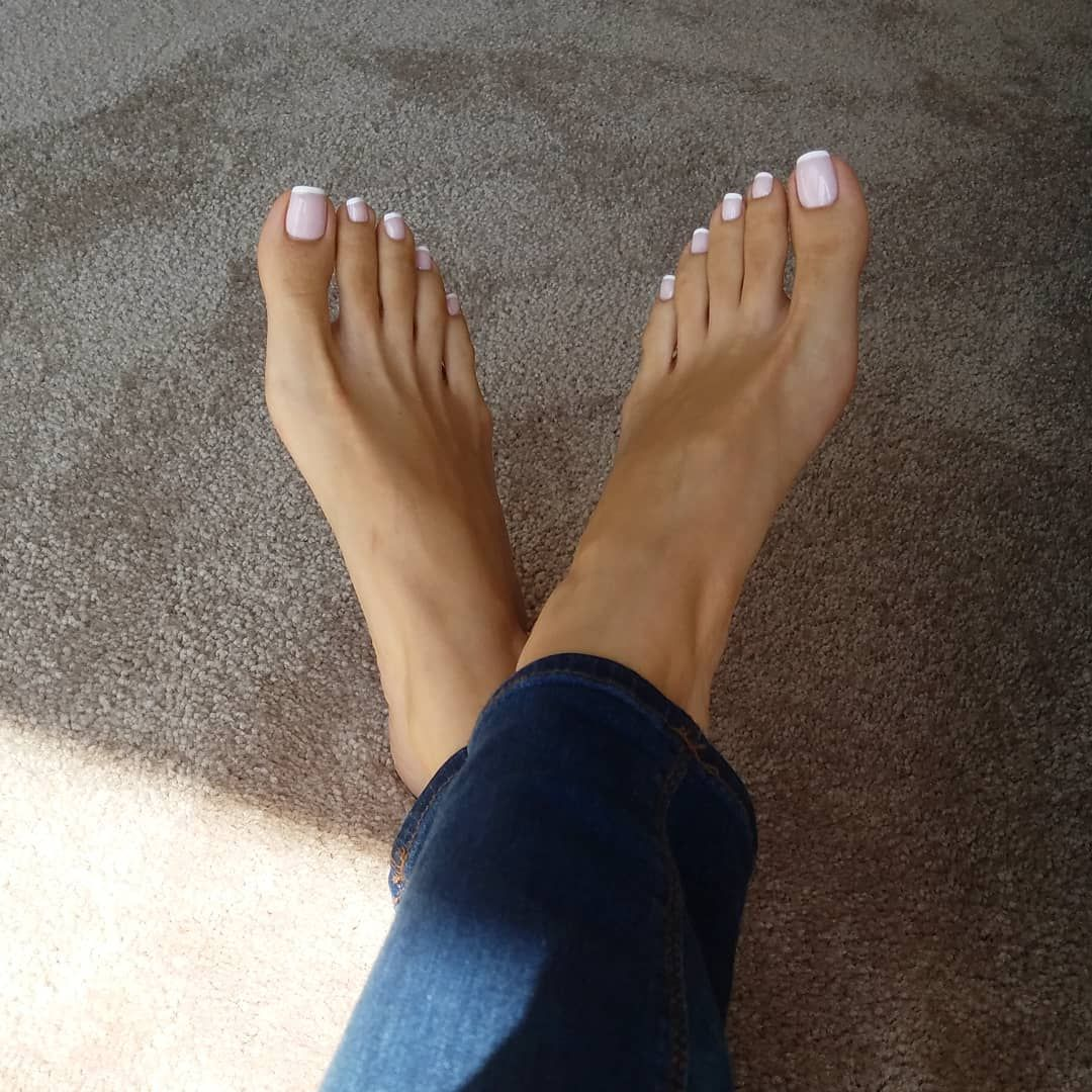 Feet Melody Milani naked (69 photo), Pussy, Hot, Feet, cleavage 2015
