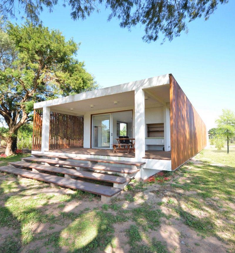 บ้านแบบโมเดิร์นบนแนวคิดโปร่งโล่ง ตกแต่งด้วย \u0027ไม้ระแนง\u0027 สร้าง