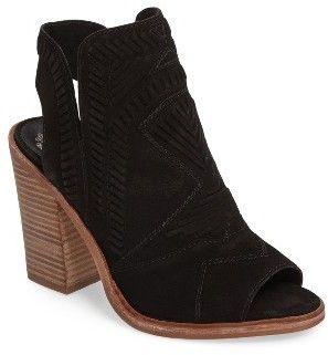 3ec2848a78f Women s Vince Camuto Karinta Block Heel Bootie