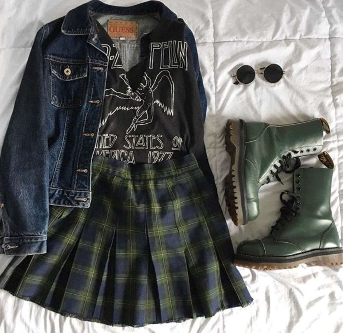 Holidaysgiftideas Edgy Outfits Grunge Outfits Fashion