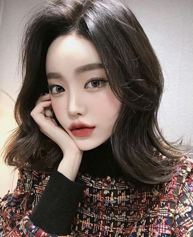 asian model Ilse