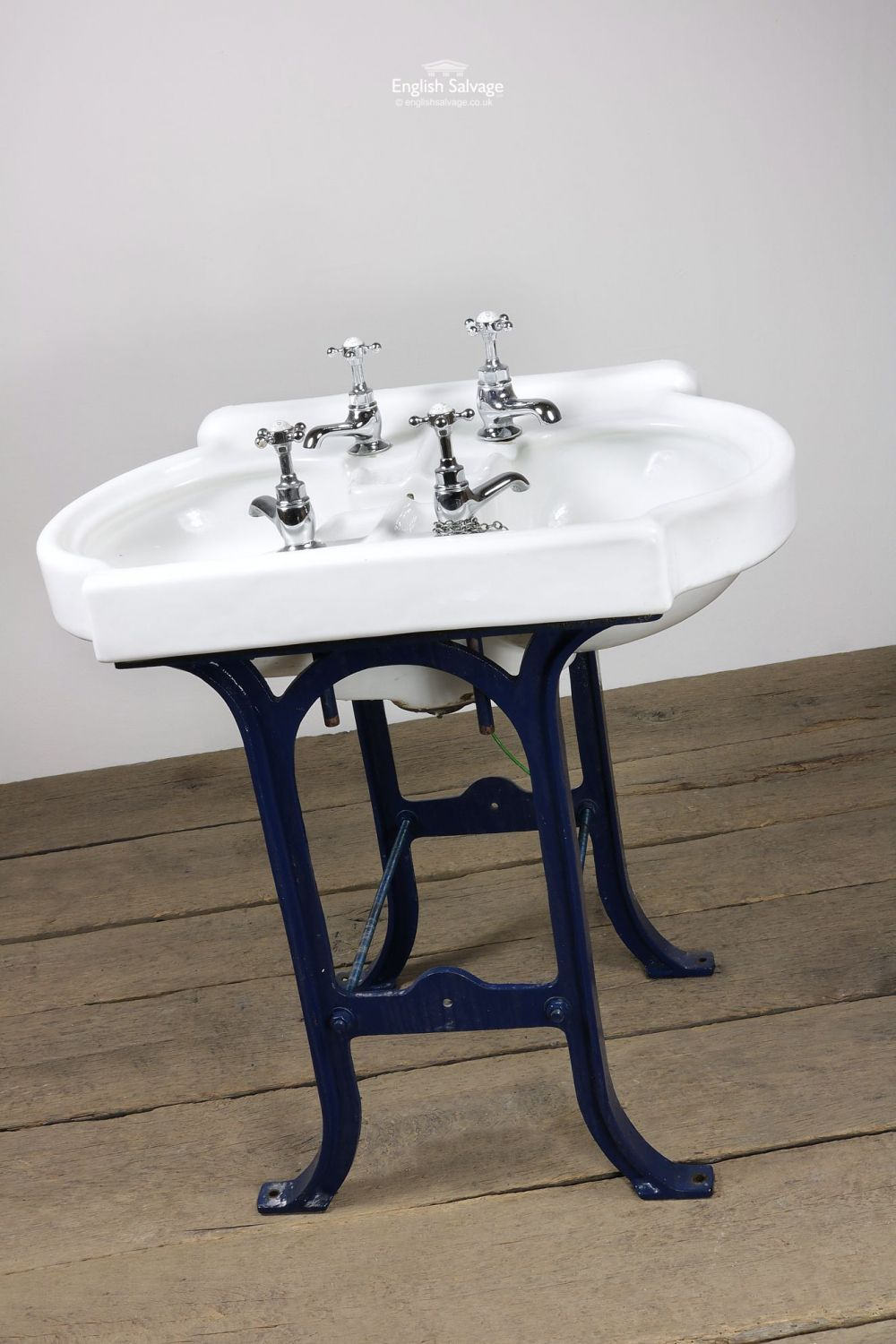 Gentil Reclaimed CP Hart Double Enamel Basin And Cast Iron Stand.
