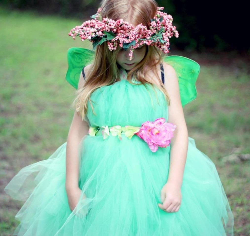 Todas as meninas adoram fadas, então fantasie a sua pequena princesa de fada neste carnaval :) #fantasias #carnaval