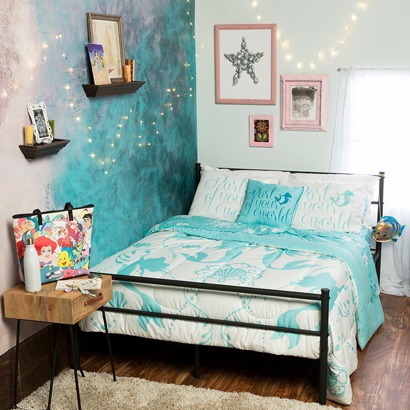 Look At This Bedroom, Isnu0027t It Neat? | The Little Mermaid Bedroom