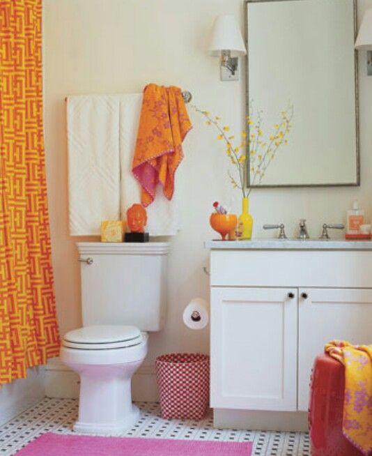 Cutest Apartment Bathroom Design