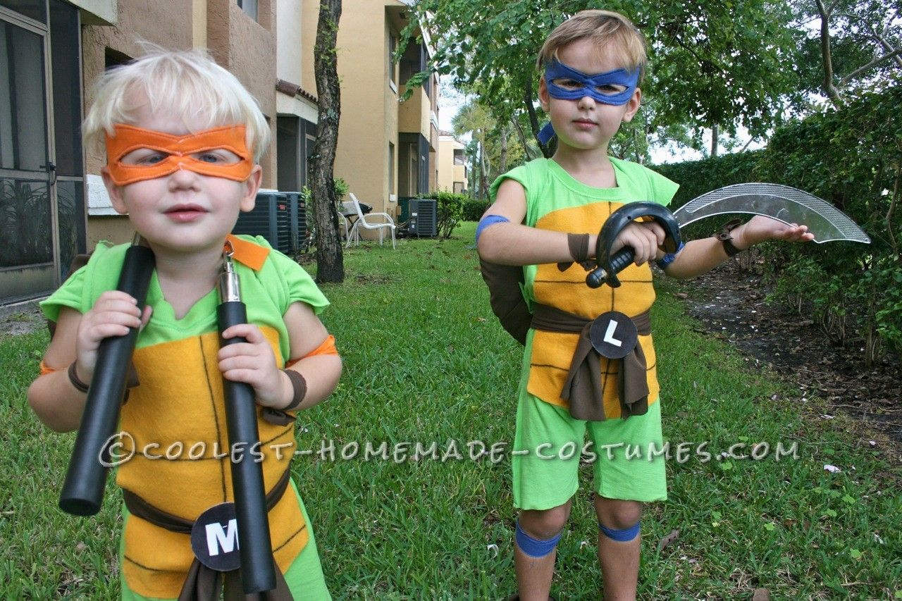 Coolest and Cheapest Homemade Ninja Turtle Costumes... Coolest Homemade Costumes