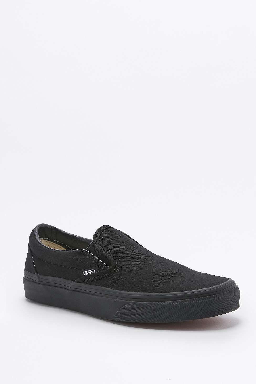 Vans Classic All Black Slip-On Trainers | Soulier et Thé air max