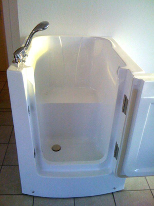 BAIGNOIRE SABOT A PORTE Equipements Sanitaire Pinterest - prix baignoire a porte