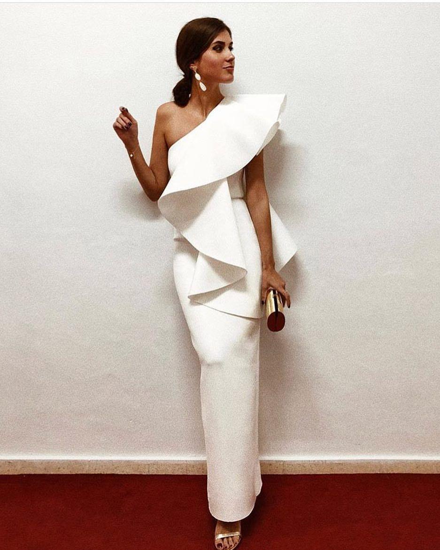 7 682 Gostos 109 Comentários Invitada Ideal By Margarita Invitadaideal No Instagram Esp Vestido Boda Noche Vestidos De Novia Vestidos De Gala Elegantes