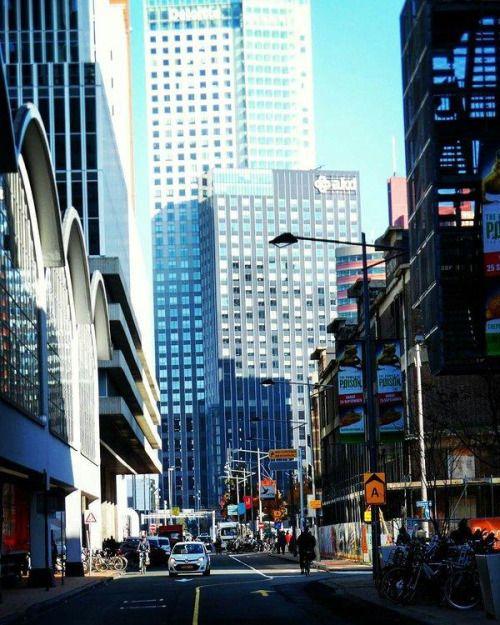 Manhattan aan de Maas #Rotterdam photo taken by 62jeffr | - @LSTTMDR -
