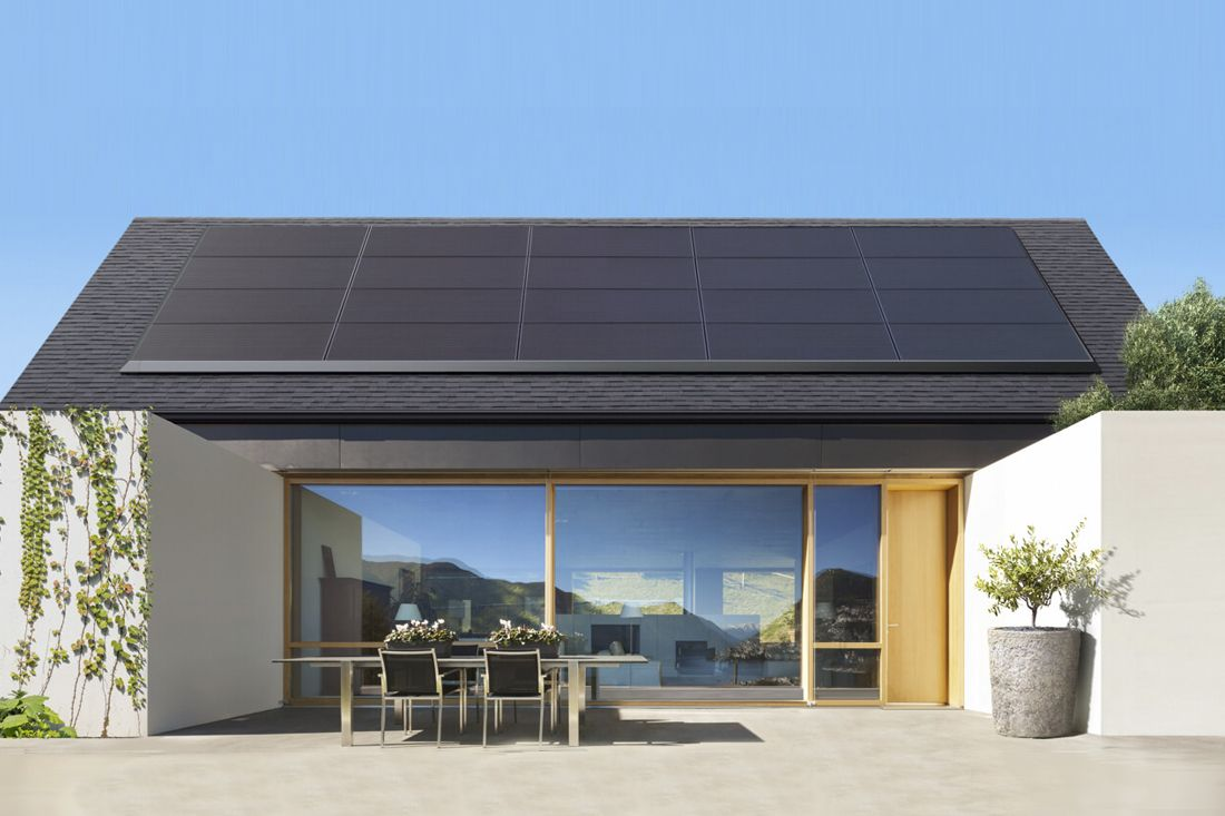 Tesla S New Solar Panels Are A Stylish And Easy Way To Be Eco Friendly Solar Panels Solar Roof Best Solar Panels