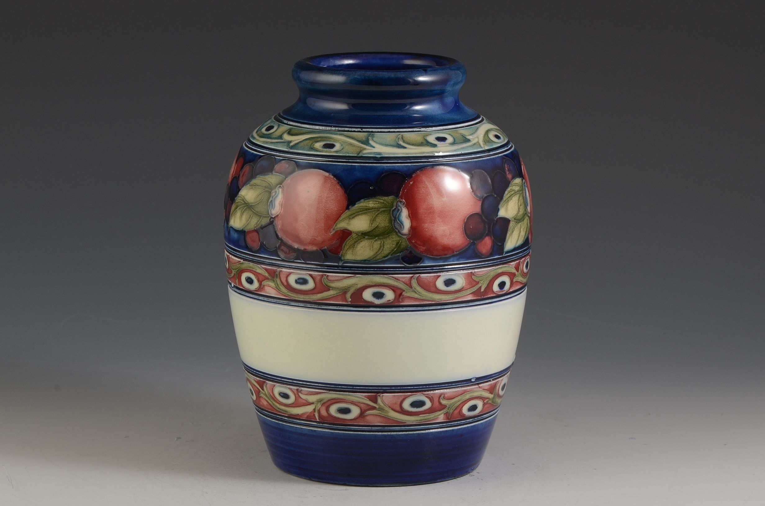 Andrew Muir | Clarice Cliff, Art Deco Pottery, Moorcroft and