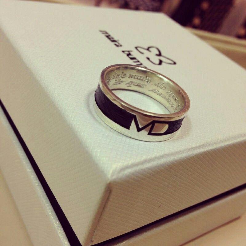 Encomenda entregue #anelmasculino #prata #design #exclusivo #unico #iniciais #designerdejoias #mairabumachar @Maira Bumachar