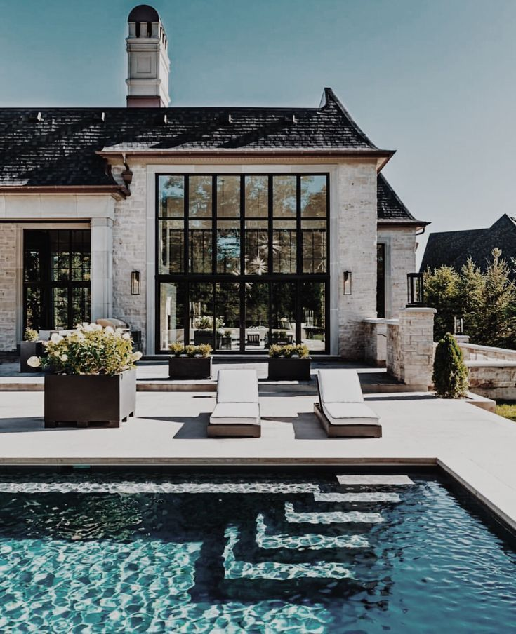 Such a beautiful pool - #beautiful #pool #home #futurehouse