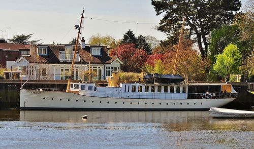 motor yacht lilian ex swedish motor yacht lilian ii 1916 ex windsor castle richmond upon. Black Bedroom Furniture Sets. Home Design Ideas