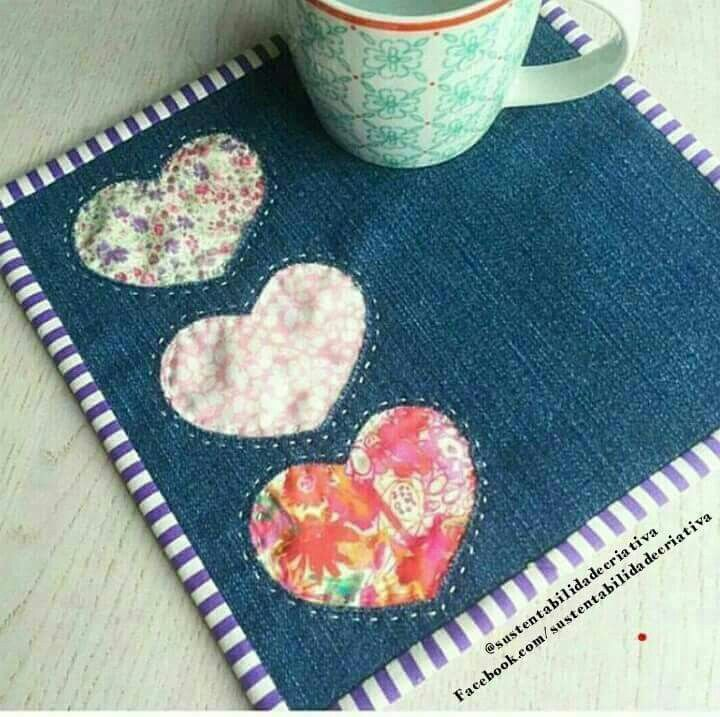 Place mat from old jeans.