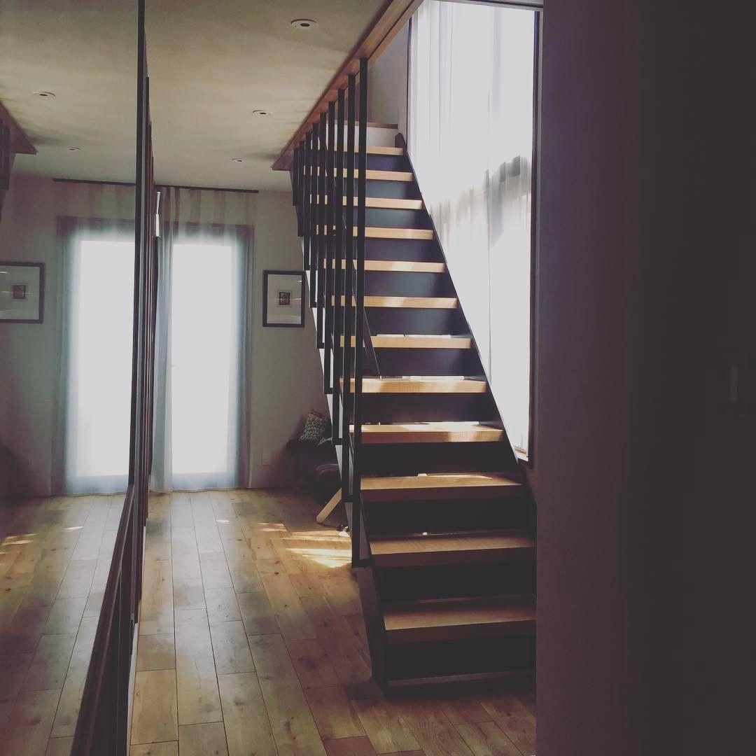 北条工務店 Hojo On Instagram スチールの階段 ルーバーを天井まで