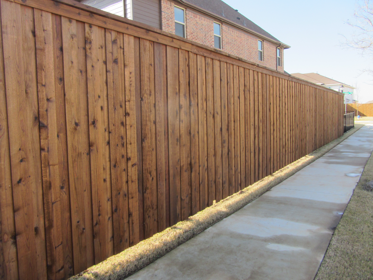 Different Types Of Fence Stain Colors Read On In 2020 Cedar Fence Stain Fence Stain Wood Fence