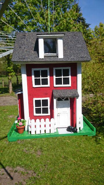Kleines Vogelfutterhaus Zum Aufhangen Bauanleitung Zum Selber