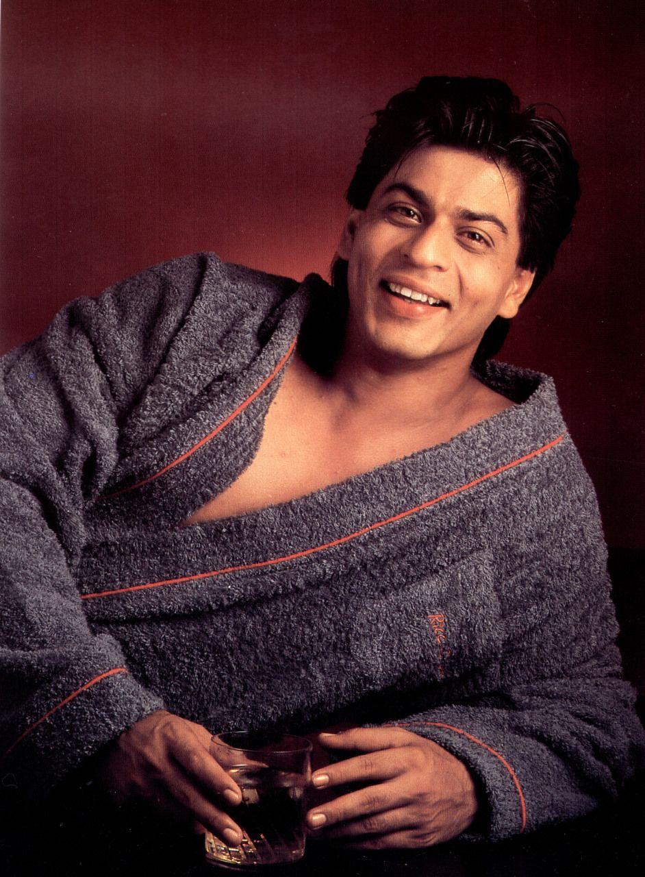 наслышаны индийские актеры мужчины фото с именами старые имеет примечательную