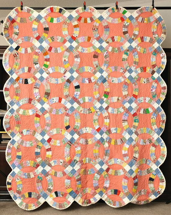 Wedding Ring Quilt Pattern In 30 S Google Search Quilts Colorful Quilts Double Wedding Rings