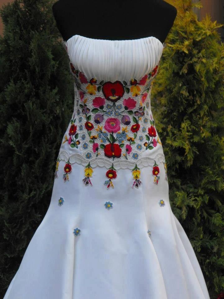 hungarian wedding dress | hungarian wedding dress | Kalocsa ...
