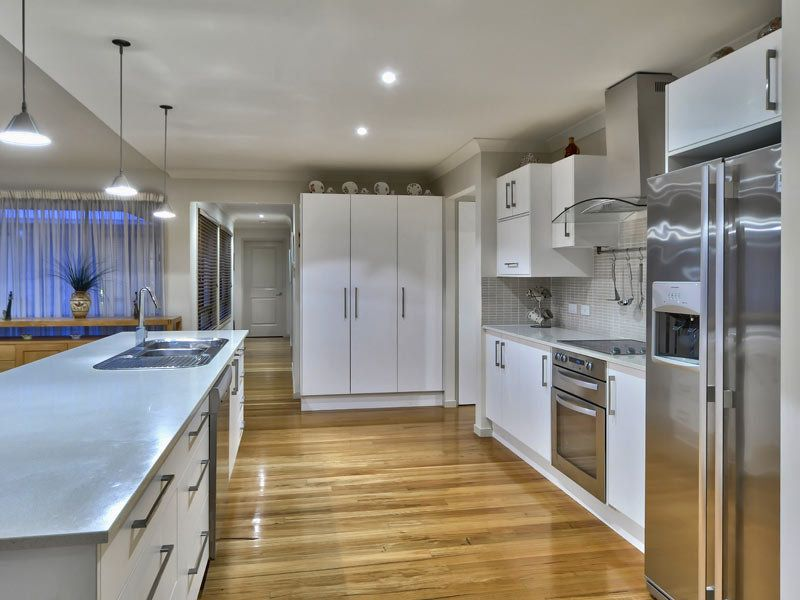 white kitchen with timber floors home decor and things kitchen rh pinterest com