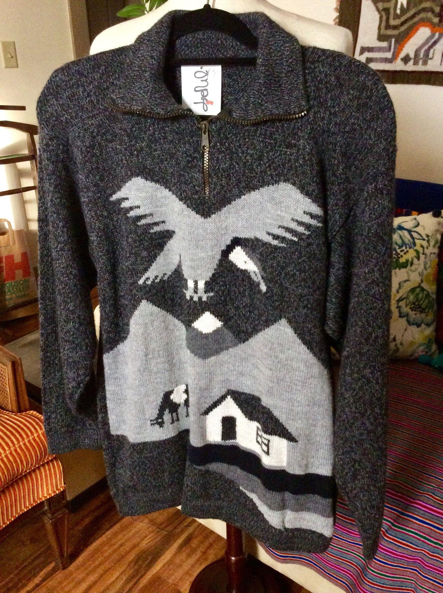 Crew neck unisex Soft Alpaca Sweater,My Peruvian Treasures,Peruvian alpaca sweater,Warm Alpaca sweater,Artisan Made sweater,Made in Peru
