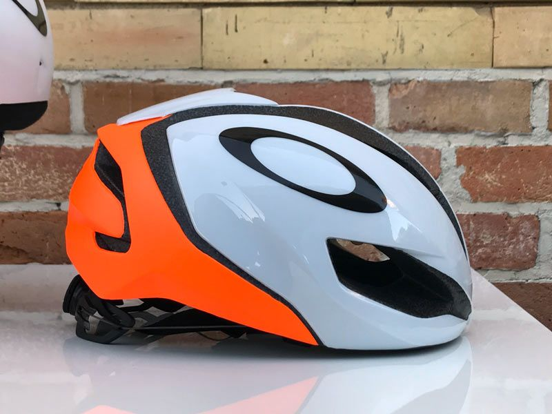 ac03aaa4926 Oakley Aro 5 aero road bike helmet
