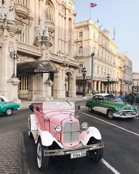 If you love classic cars, Cuba is just about the best destination you could visi… | Pinsboad.Net