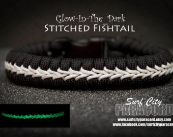 Double Paracord Fishtail with Center Stitch von SurfCityParacord
