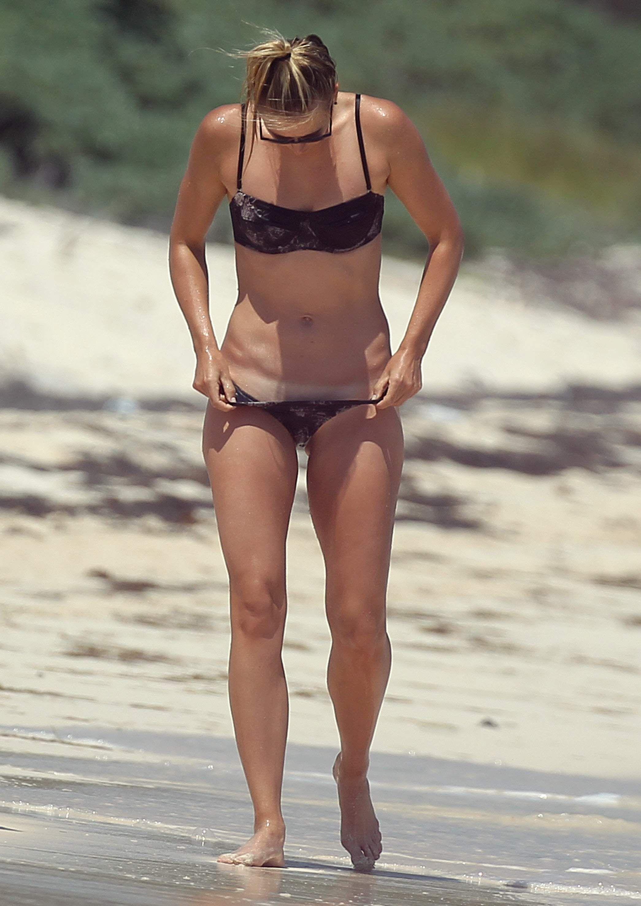 paparazzi Bikini spy sharapova maria photo.jpg