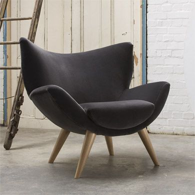 Superior Bump Chair :: Contemporary Furniture :: Specialist UK Furniture Company ::  Modern Sofas