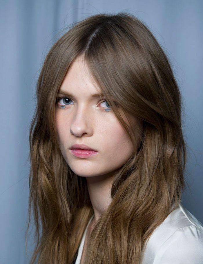 Lo más universal peinados raya en medio Fotos de tendencias de color de pelo - Pin en Peinados raya en medio