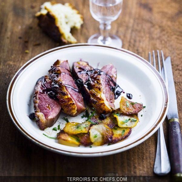 Recette du magret de canard au cassis recipe en 2019 - Cuisiner un filet de canard ...