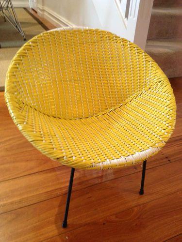 1960s Retro/vintage Childrens Saucer Chair