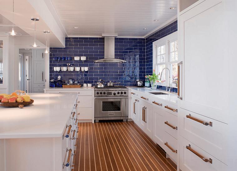 Cocinas blancas con muebles de madera muy modernas | Cocinas blancas ...
