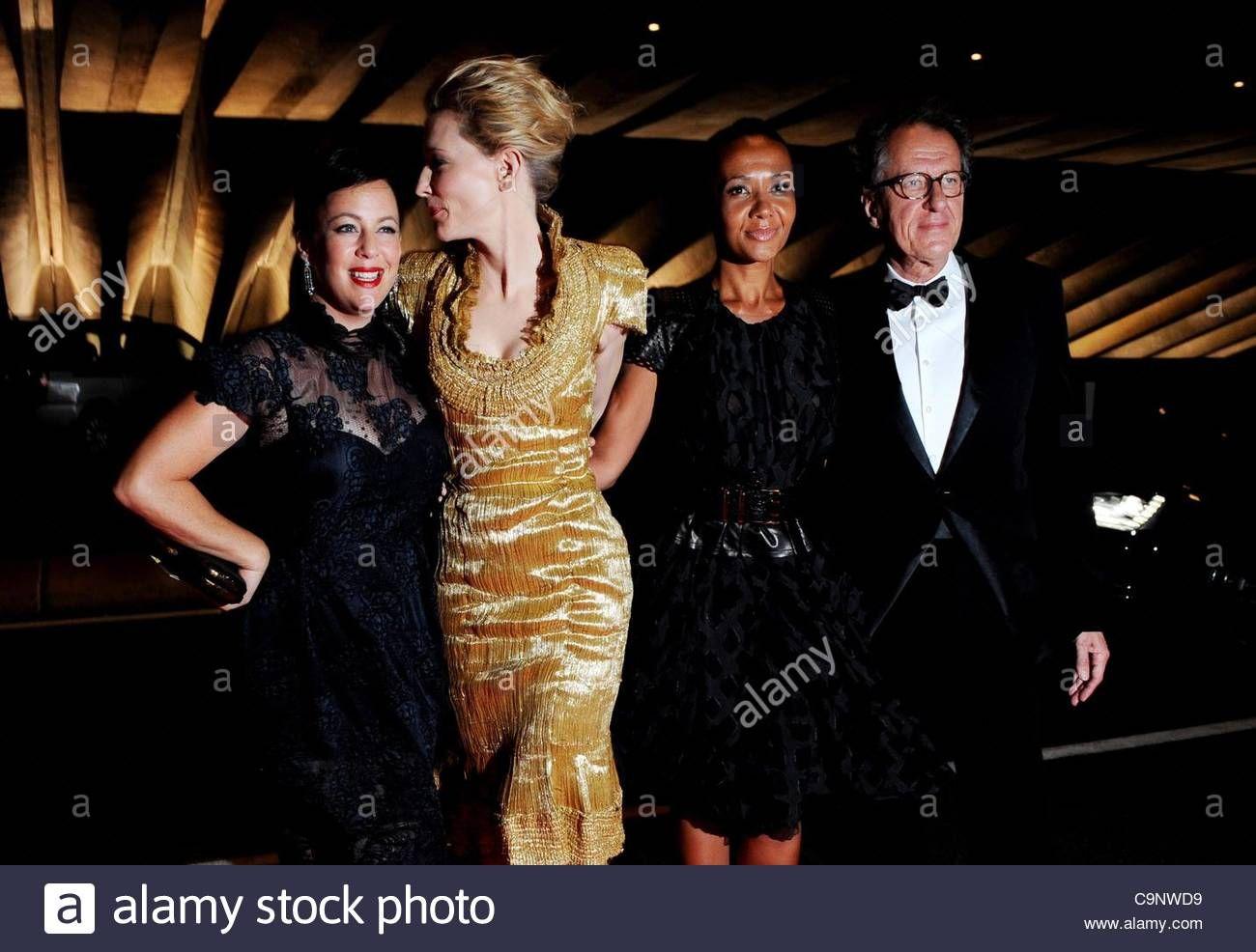 Epa03086577 Australian Actors L R Sacha Horler Cate Blanchett Australian Actors Cate Blanchett Actors