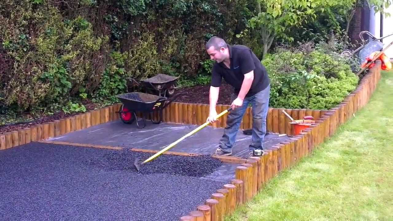 Wet pour rubber playground base installation Rubber